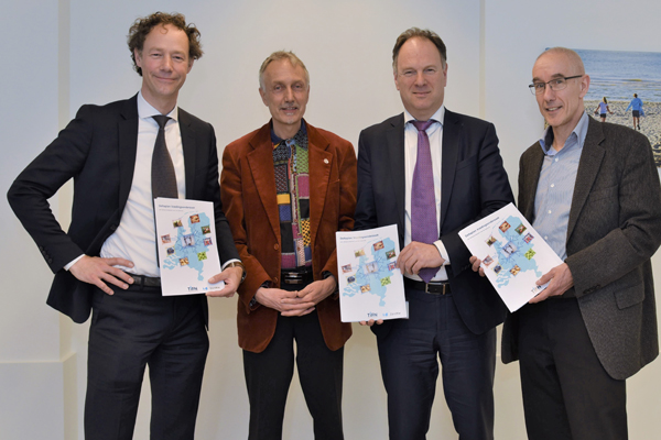 TiFN and ZonMw present Delta Plan Nutrition Research to Dutch ministries